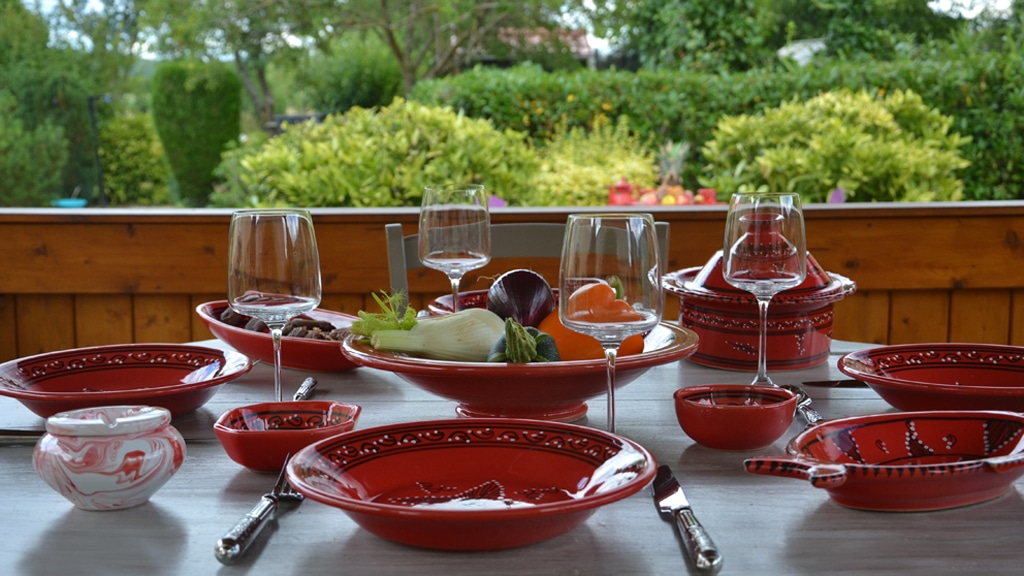 Yodeco collection tatou rouge grossiste vaisselle tunisienne en france - Grossiste en vaisselle de table ...